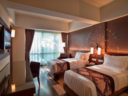 interior-contractor-216537575sun-island-hotel-kuta-bali_240920110317220898