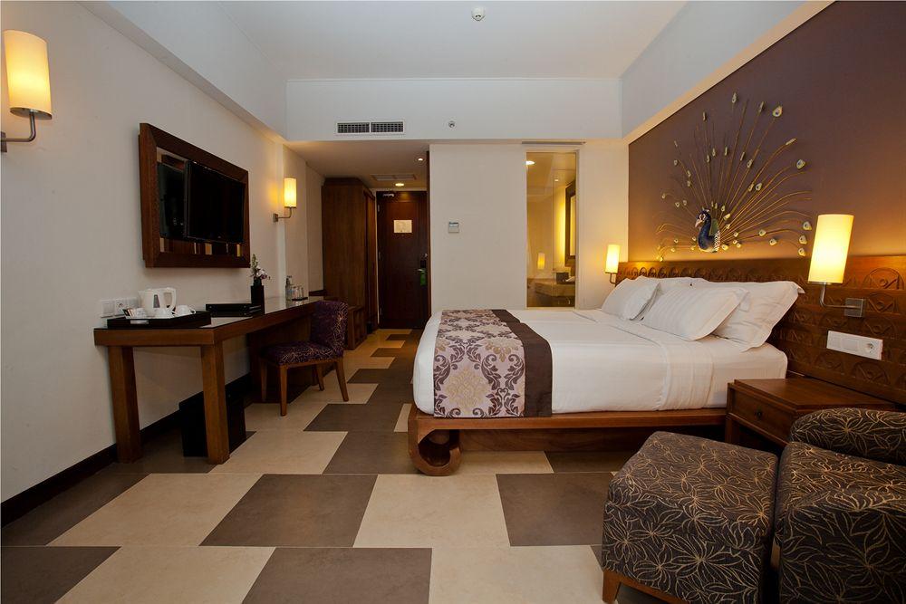 interior-contractor-216537575sun-island-hotel-kuta-i3011693x1