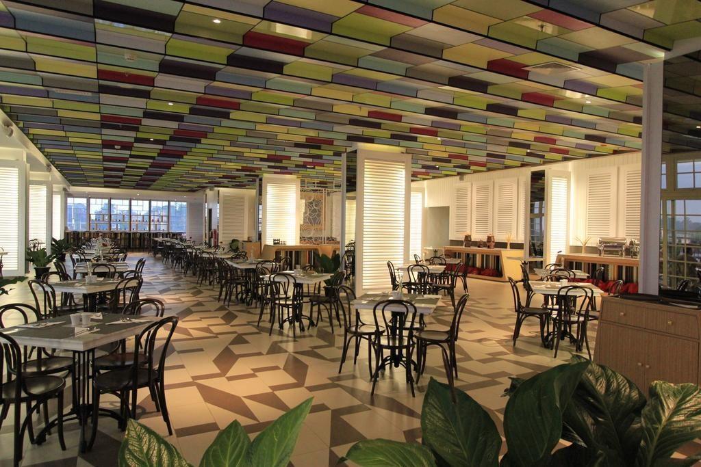 interior-contractor-the-101-bogor-suryakancana-photos-exterior-hotel-information-1-74326_bogor1013